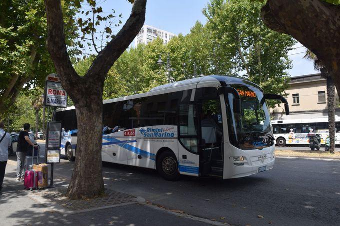 サンマリノへはリミニからバスで向かおう!
