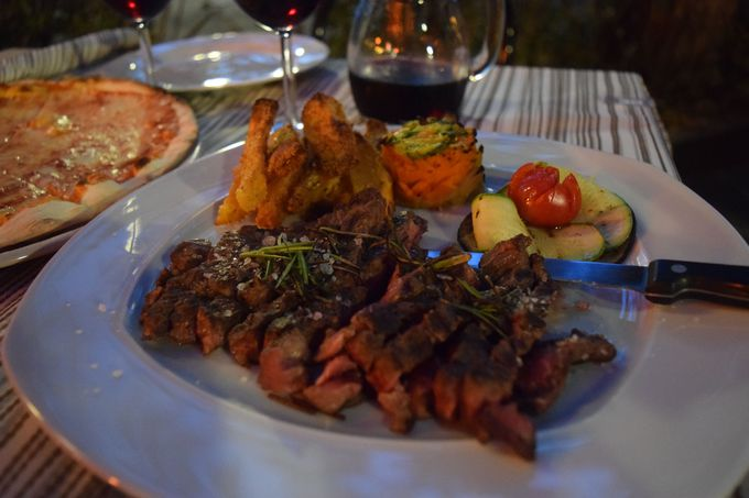 タリアータとワインが美味しい!お勧めレストラン「Smaller」