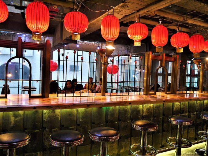 雰囲気のいいカフェスペースでゆったりスイーツタイム!