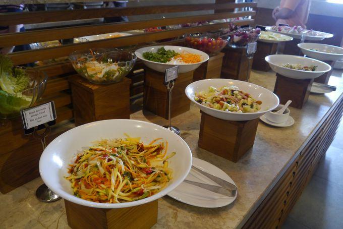 おいしいベトナム朝食で始まる一日