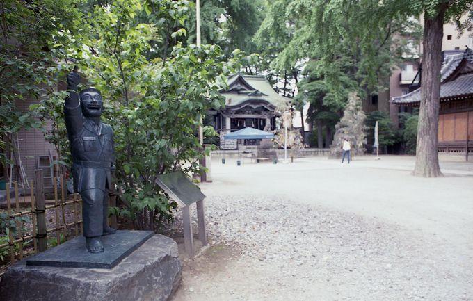 香取神社でも両さんの銅像を発見!!