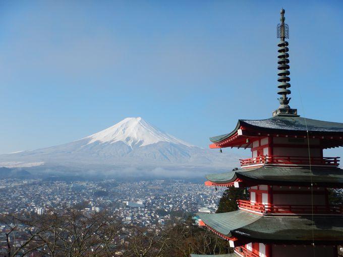 外国人に人気の新倉浅間神社