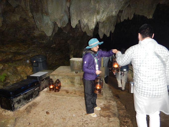パワースポット「母神」「洞窟」へ