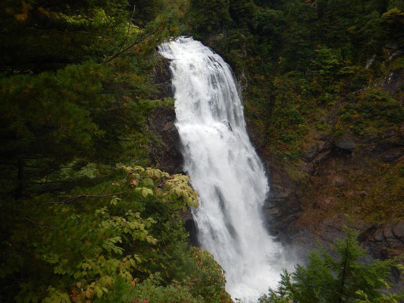 裏燧林道の散策も!尾瀬ヶ原から足を延ばして名瀑「三条の滝」へ