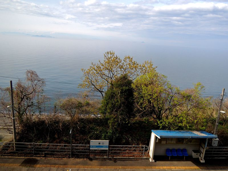 瀬戸内海が美しい予讃線!愛媛エリアで途中下車したい駅4選