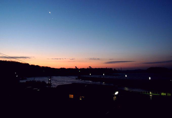 泊りじゃないと見られない佐久島の朝焼けが美しい!