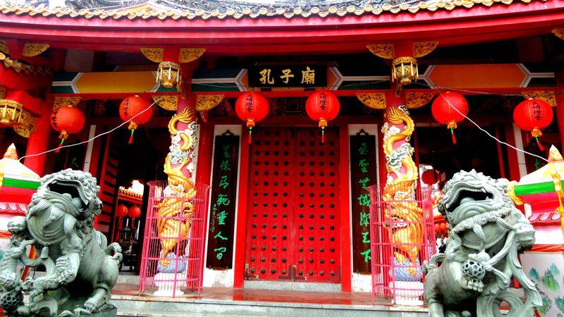 長崎随一の異国情緒スポット!「長崎孔子廟・中国歴代博物館」の中国伝統美が凄い