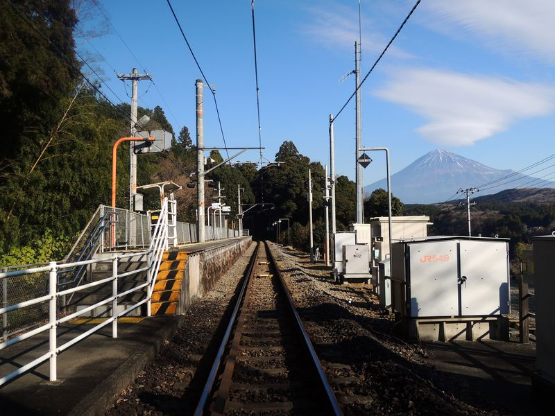 富士山がきれいな秘境駅!静岡「沼久保駅(身延線)」でぶらり途中下車の旅