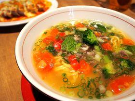 お客の3割が外国人のラーメン屋!後楽園「もりずみキッチン」でグローバルな一杯を|東京都|トラベルjp<たびねす>