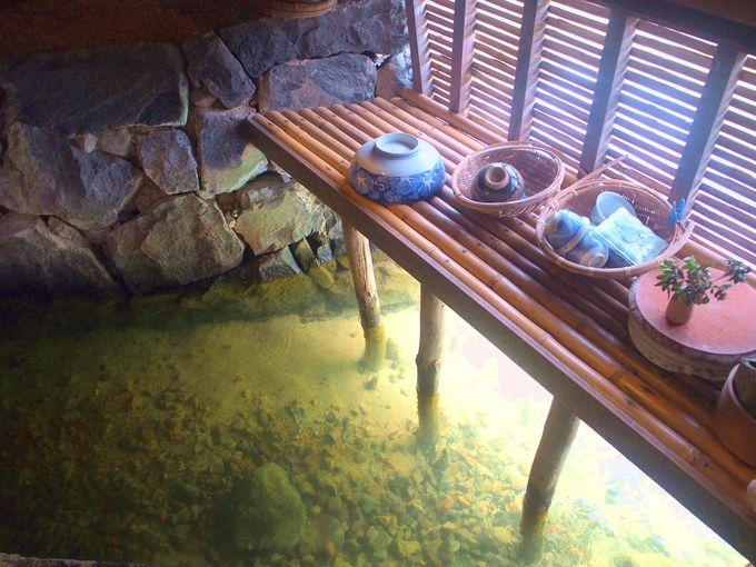 旧湯川家屋敷のシンボル・台所のハトバ