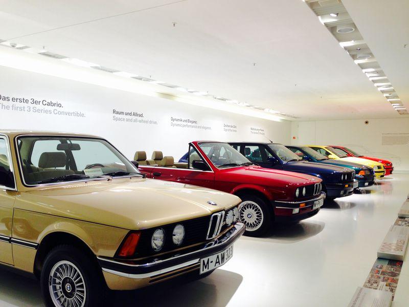 夢の高級車がズラリ!ミュンヘン・BMW博物館で車の歴史を体感