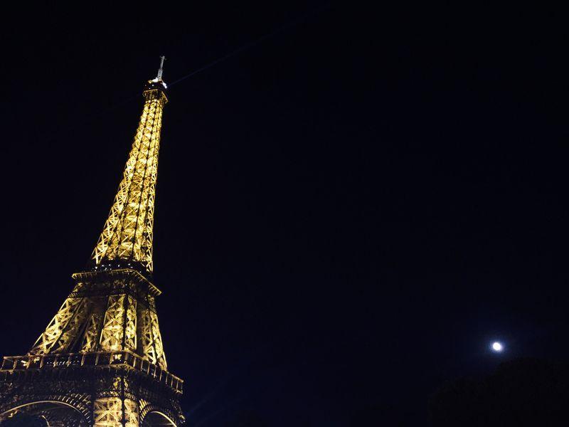 街に恋する!セーヌ川ナイトクルーズでパリの夜景を独り占め