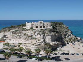 最高に美しいビーチと絶景の町・南伊カラブリア州トロペア