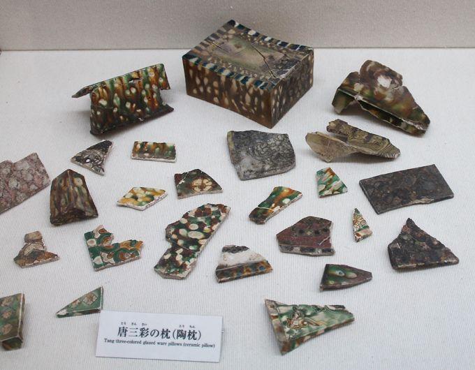 """海を渡った陶磁器たち。国際交流が生みだした""""奈良三彩"""""""