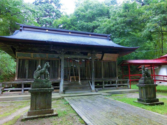 京都伏見稲荷からも分霊!?貴重な祭りの舞台、慶徳稲荷神社