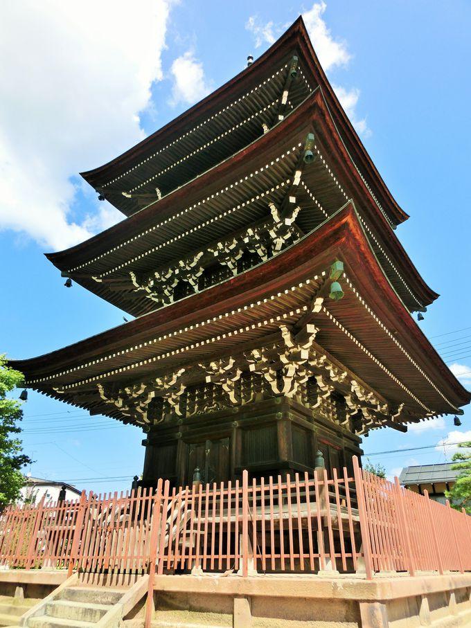 飛騨高山で唯一の三重塔