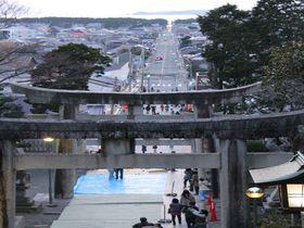 嵐×JAL先得CMに登場、光の道が美しすぎる福岡「宮地嶽神社」|福岡県|トラベルjp<たびねす>