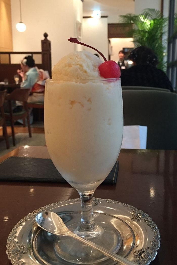 長崎名物「ミルクセーキ」は食べるスイーツ