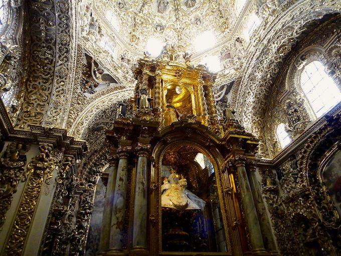 豪華絢爛!黄金の「サント・ドミンゴ教会」
