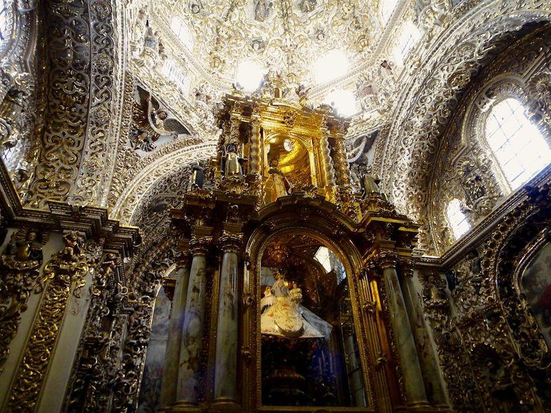 メキシコ伝統が息づく世界遺産の街「プエブラ」の見逃せない観光ポイント!