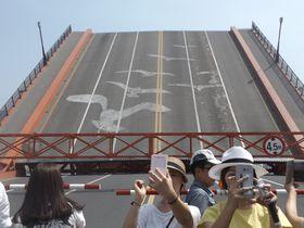 韓国でたったひとつの跳ね橋「影島大橋」の開閉シーンを見よう