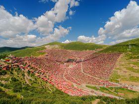 中国から行けるチベット!ラルンガルゴンパで絶景体験しよう!