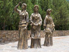 中国で最も美しい!?美人を多く排出する「丹巴」は街並みも絶景