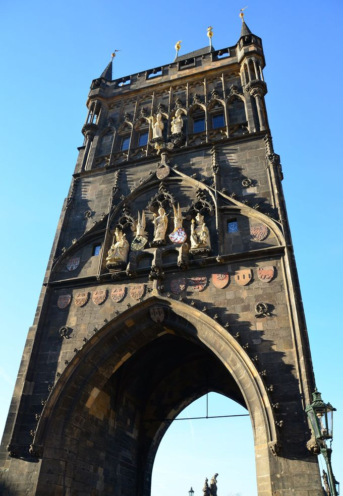 「橋塔」の造りを観察