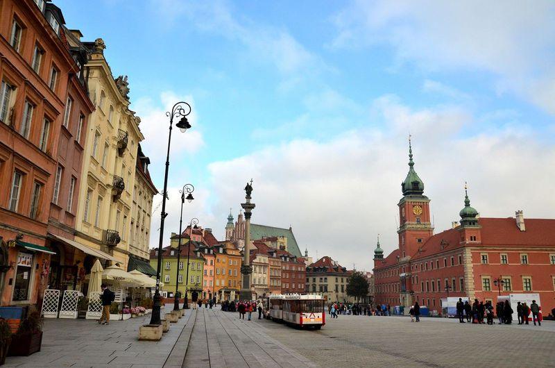 ポーランド「ワルシャワとクラクフ」は近い!高速鉄道EIPで日帰りトリップ