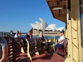海の上から眺める世界遺産!シドニー・フェリーで爽快クルーズ!