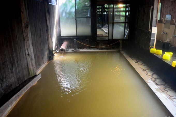 廃校舎の宿「大釜温泉」