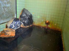 能登の秘湯!湯川温泉「龍王閣」で貴重すぎる湯に浸かろう!|石川県|トラベルjp<たびねす>