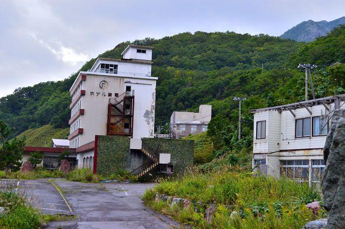 廃墟の街・雷電温泉に残る最後の秘湯宿!北海道「三浦屋旅館」