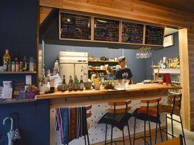 大阪・大正「Bar&Guesthouse MONDO」は下町と世界を繋げるゲストハウス|大阪府|トラベルjp<たびねす>