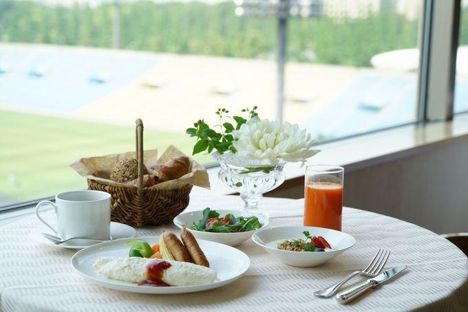 神宮外苑を見渡せるカフェ&ダイニングで朝食を
