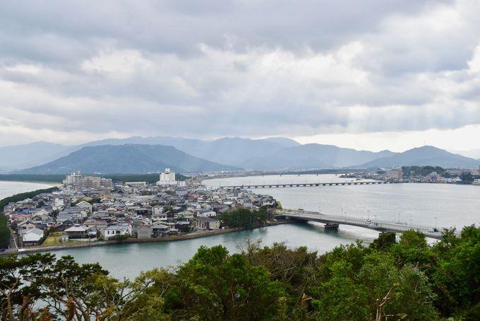 美しい海沿いの城下町「佐賀県唐津市」