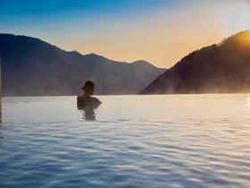 絶景インフィニティ露天風呂で癒されたい!箱根小涌園「天悠」|神奈川県|トラベルjp<たびねす>