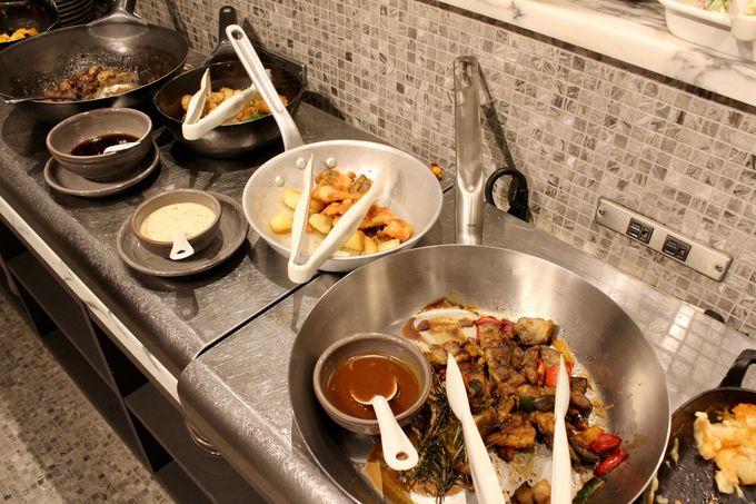 斬新な西洋料理と中華料理を味わえる「PANWOK」