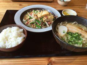 初心者から地元の方まで大満足!沖縄料理「美ら花」|沖縄県|トラベルjp<たびねす>