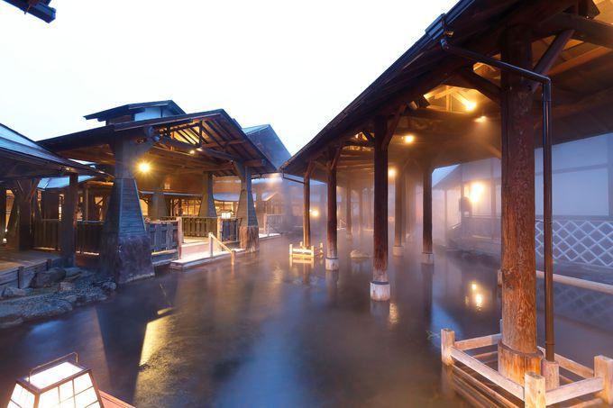 「江戸情話 与市」はギネス世界記録にも認定された世界最大の露天風呂