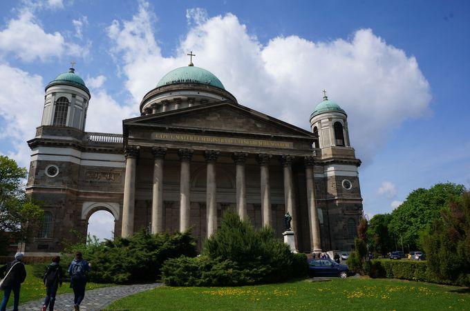 ハンガリーカトリックの総本山、大聖堂