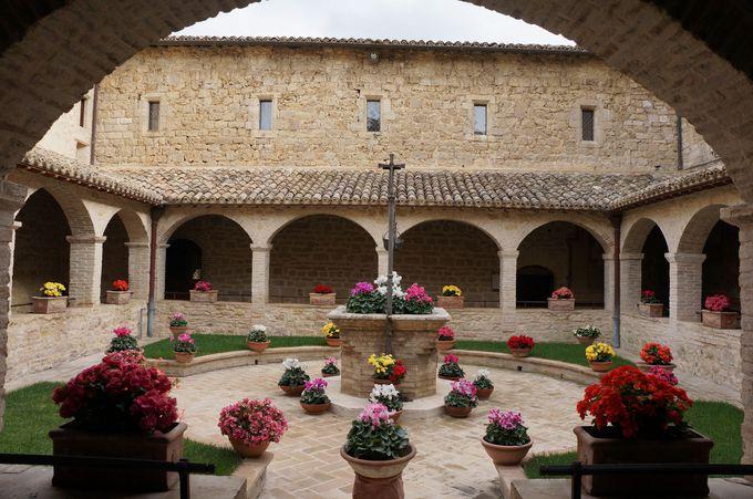 静寂の聖地、サン・ダミアーノ修道院
