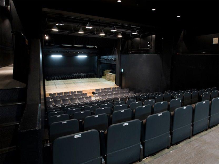 ポケットスクエアの中で一番大きな劇場「ザ・ポケット」