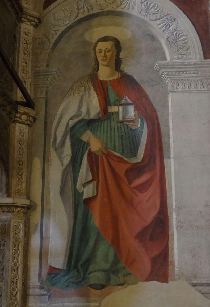 美しい色彩の残る「マグダラのマリア」所蔵、アレッツォのドゥオーモ