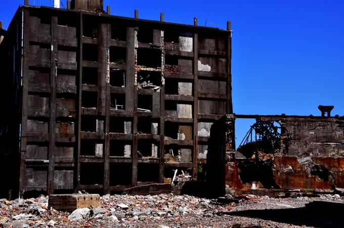 高層住宅の廃墟群が間近に見える!