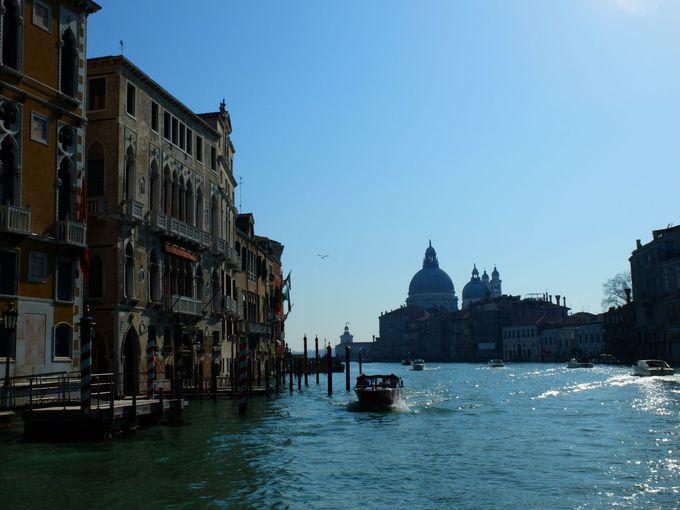 ヴェネツィアはシルエットが最高にロマンチック