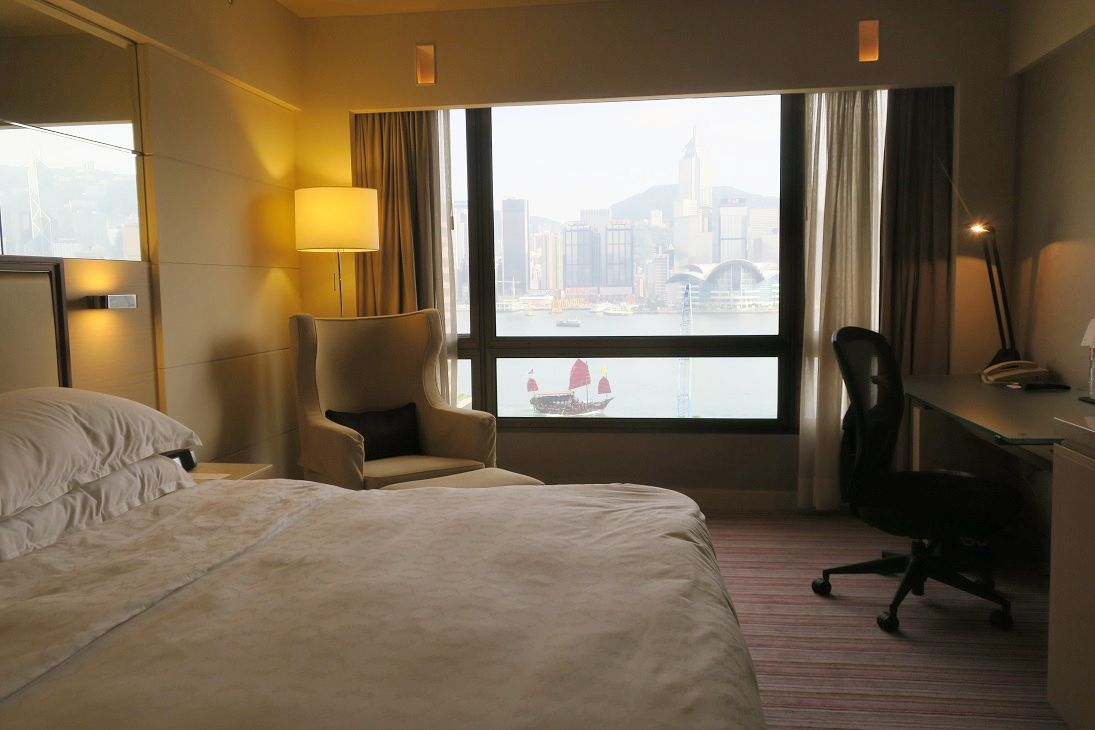 部屋から香港の街を感じる