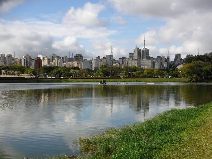 サンパウロ市民の憩いの場「イビラプエラ公園」