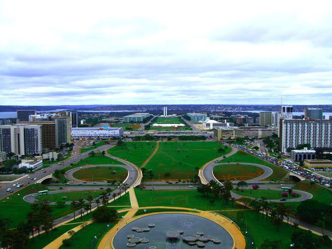 ブラジリアの計画都市を一望!テレビ塔に登ってみよう