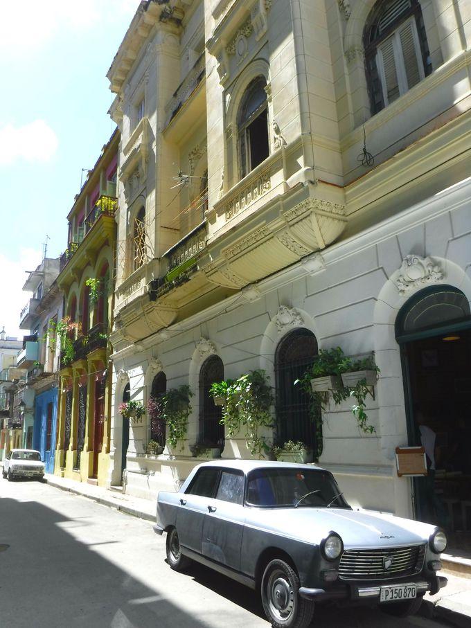一番キューバらしい風景が見れるクアルテレス通り!